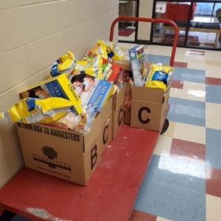 Rushton School food drive distribution
